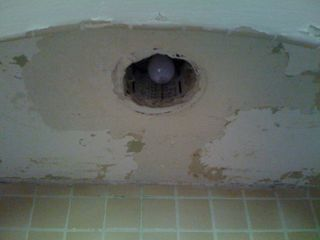 Bathroomceiling2